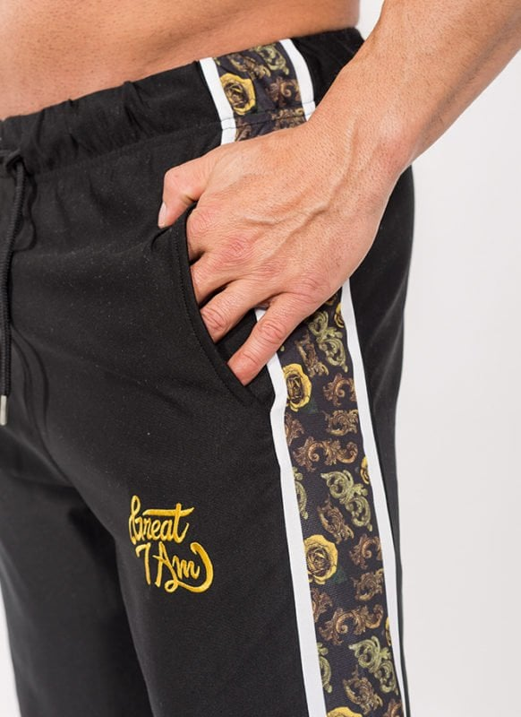 SHORTS CARVED GOLD - Great I Am